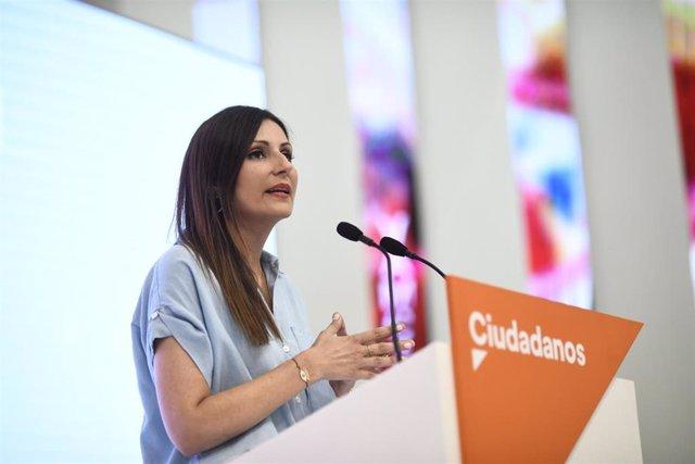 La portavoz nacional de Ciudadanos, Lorena Roldán, en rueda de prensa tras una reunión del Comité Permanente de su partido.