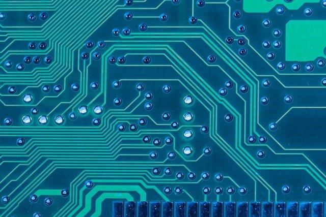 Nuevo material para proceso de datos con alta eficiencia energética