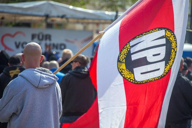 Simpatizante del neonazi Partido Nacionaldemócrata de Alemania (NPD)