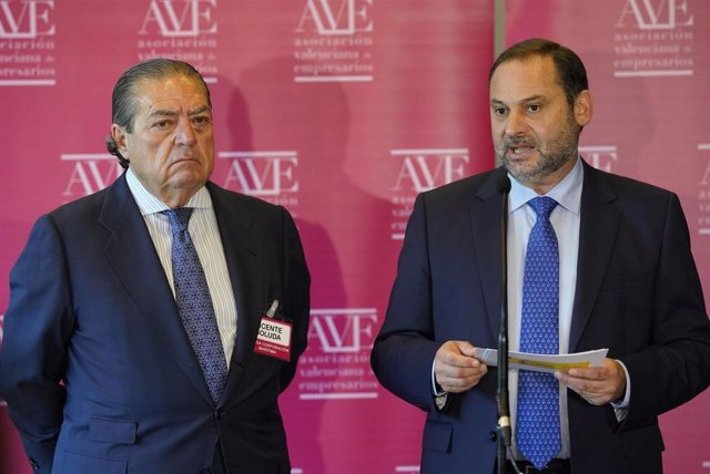 Vicente Boluda y José Luis Ábalos