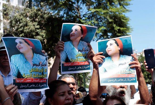Concentración en apoyo a la periodista marroquí Hayar Raisuni, procesada por relaciones extramatrimoniales y aborto