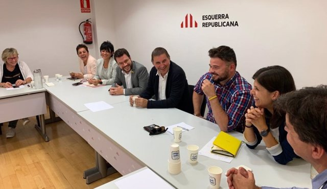 Delegaciones de EH Bildu y ERC reunidas en Barcelona