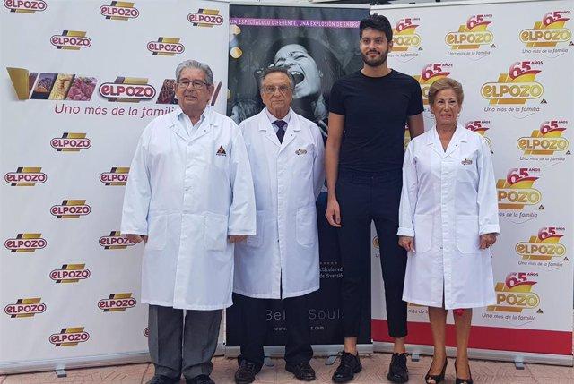 José Fuertes, Tomás Fuertes y Juana Fuertes, responsables de ELPOZO ALIMENTACIÓN, con Pablo de Torres, ¡director de Joyful!