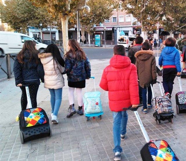 Varios colegios de Huesca participan en la inciativa 'Todos Juntos a la Escuela'