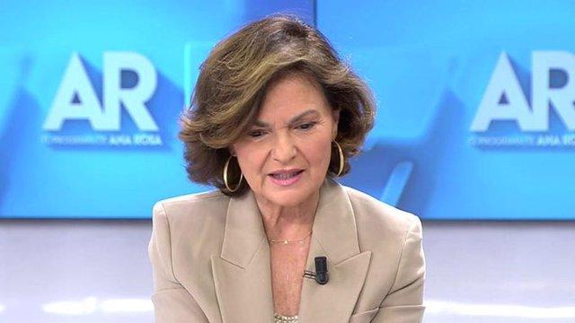 La vicepresidenta del Gobierno, Carmen Calvo, en una entrevista