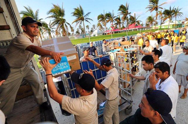 Baleària Caribbean desembarca a 119 evacuados por Dorian al carecer de visado de