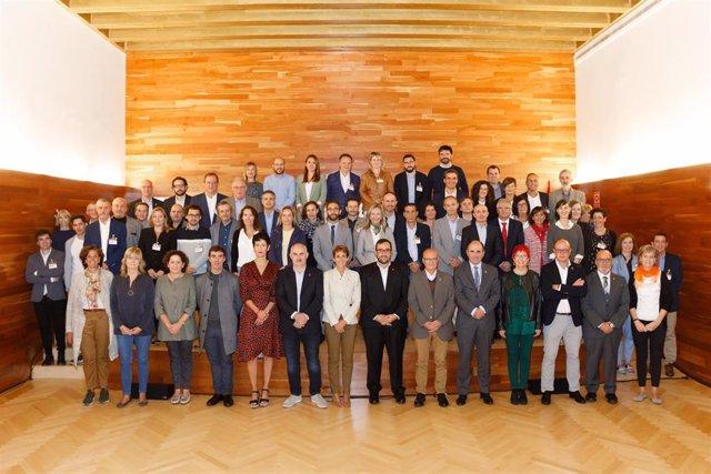 Personas participantes en el encuentro de este martes.
