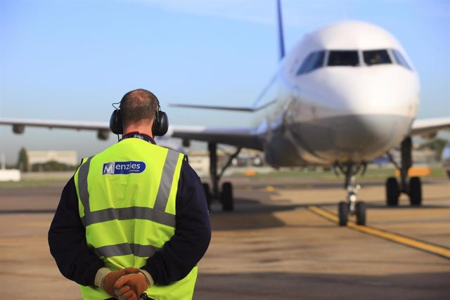 John Menzies pierde 3 millones hasta junio frente a ganancias por el impacto del veto a los 737 MAX