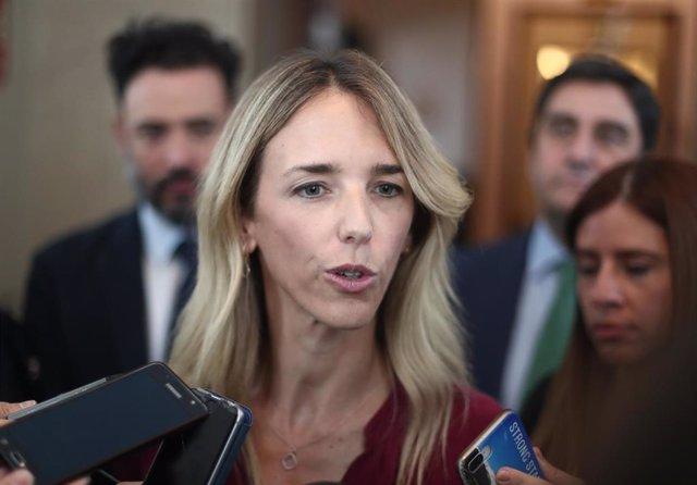 La portavoz parlamentaria del PP, Cayetana Álvarez de Toledo, ofrece declaraciones a los medios de comunicación tras la Junta de Portavoces del Congreso de los Diputados en Madrid (España), a 10 de septiembre de 2019.