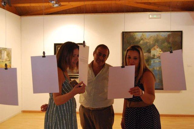 El Color Blanco Sirve Como Hilo Conductor De Una Original Exposición En El Museo De Alcalá
