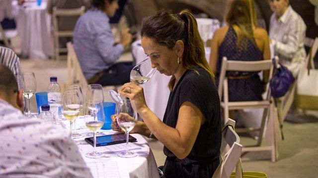 Agro.- Los Premis Vinari celebran la cata de finalistas con 266 vinos de 149 bod
