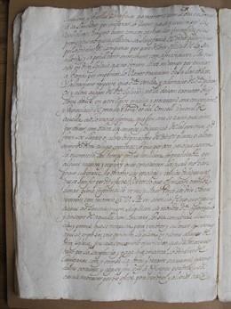 Un documento con la petición de Santa Maria del Mar para vender bienes con los que pagar reparaciones