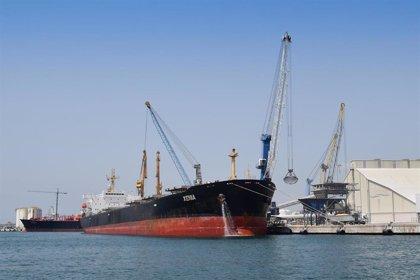 El Puerto de Tarragona pone en marcha una operativa de carga de 3.000 toneladas a la semana