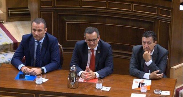 Segado (PP), Conesa (PSOE) y molina (Cs) tras su intervención en el Congreso en defensa de la reforma del Estatuto de Autonomía para la eliminación de los aforamientos