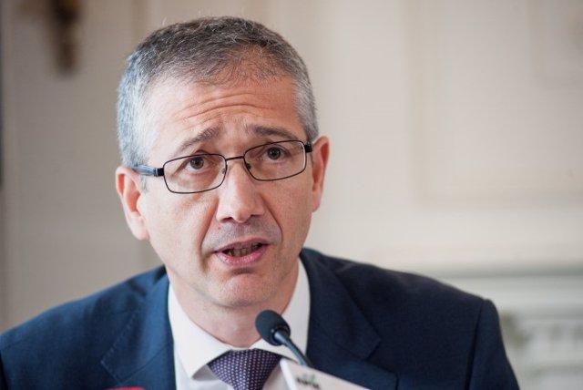 Economía.- El Banco de España niega cualquier irregularidad en el uso de la cuen