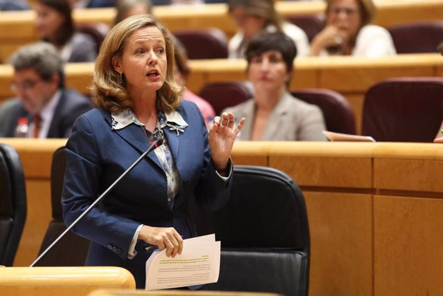 La ministra de Economía y Empresa en funciones, Nadia Calviño, interviene en la primera sesión plenaria de la XIII Legislatura en el Senado, en Madrid (España), a 10 de septiembre de 2019.