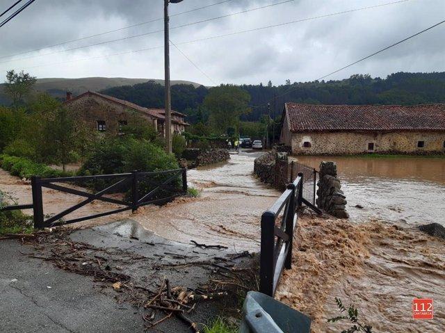 Río Saja a su paso por Sopeña, en Cantabria
