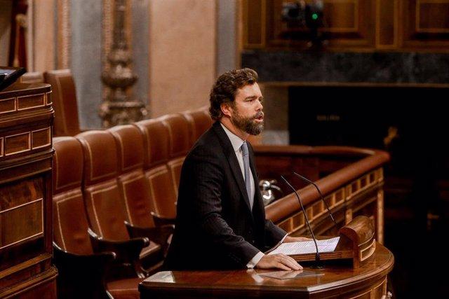El portavoz de Vox en el Congreso de los Diputados, Iván Espinosa de los Monteros,durante su intervención en el primer pleno ordinario en el Congreso de los Diputados desde el pasado mes de julio, en Madrid (España), a 10 de septiembre de 2019.