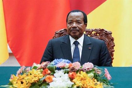 """Biya convoca un """"gran diálogo nacional"""" para zanjar el conflicto en las regiones anglófonas de Camerún"""