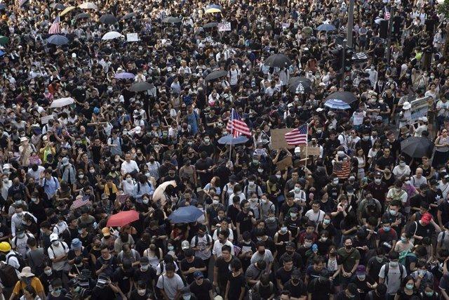 Imagen de archivo de los manifestantes de Hong Kong concentrados ante el Consulado de Estados Unidos
