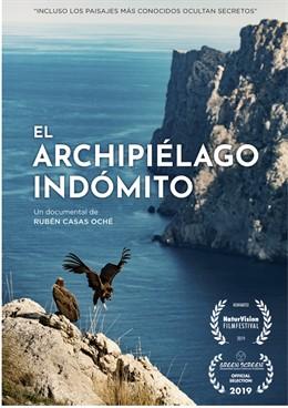Cartel del documental 'El archipiélago indómito' del director Rubén Casas