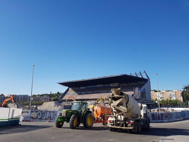 Obras de demolición en el estadio Vicente Calderón