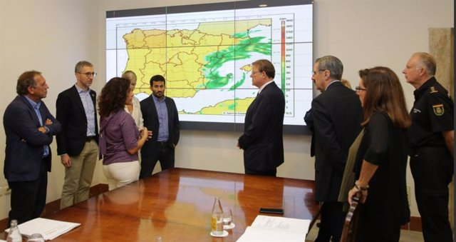 Reunión para analizar el dispositivo de coordinación de emergencias ante la previsión de temporal en la Comunitat Valenciana.