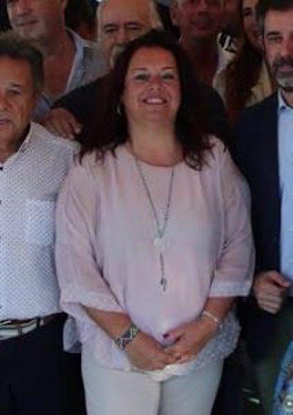 Espadas reajusta su organigrama despojando a Aguilar de Bienestar Social para que Flores se ocupe directamente