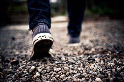 La 'podobromhidrosis' o mal olor, entre las principales afecciones de los pies en otoño