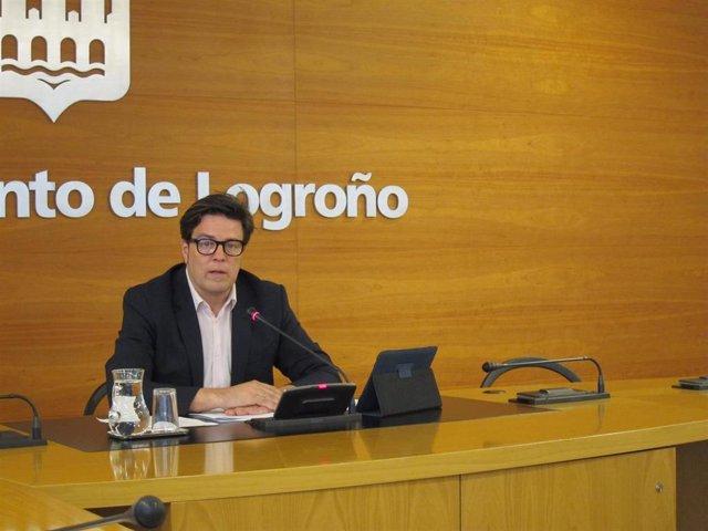 El portavoz del Ayuntamiento de Logroño, Kilian Cruz Dunne