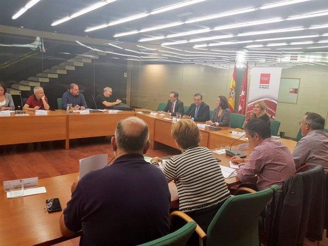 El consejero de Justicia, Interior y Víctimas, Enrique López, mantiene un primer encuentro con sindicatos judiciales