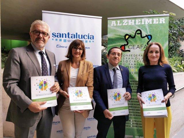 Juan Manuel Rueda, Emma Marín, Manuel Martínez y Cheles Cantabrana, con el Programa de Estimulación para Personas con Alzheimer.