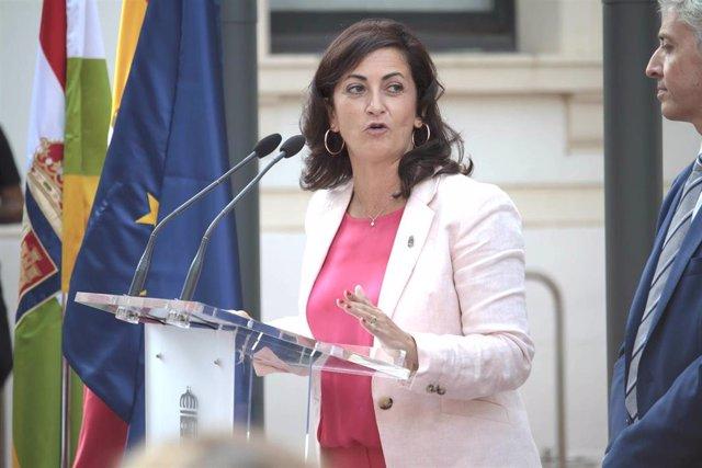 La presidenta del Gobierno de la Rioja, Concha Andreu, durante su intervención en el acto de toma de posesión de los nuevos consejeros del Gobierno de la comunidad.