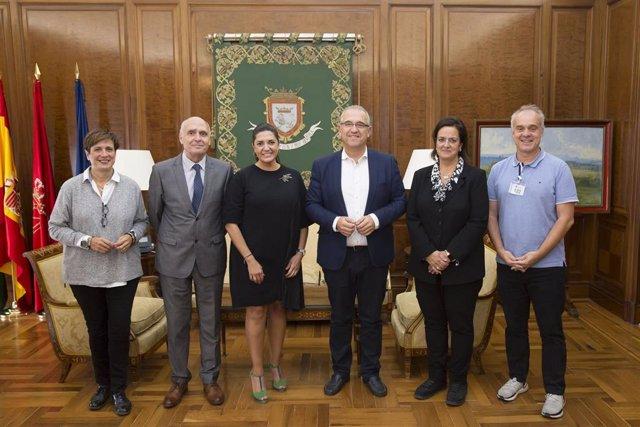 Recepción de Enrique Maya al Colegio de Gestores Administrativos de Navarra.