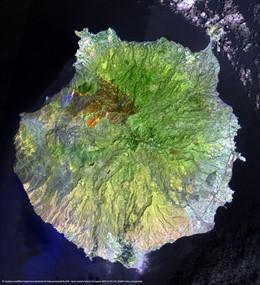 Imagen del incendio en Gran Canaria vista desde un satélite