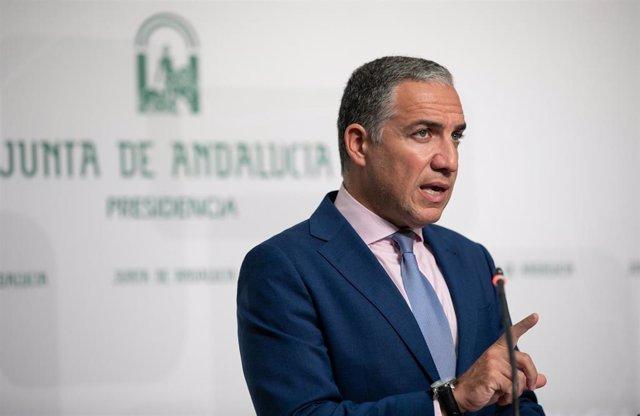 El consejero de la Presidencia, Administración Pública e Interior de la Junta y portavoz del Gobierno andaluz, Elías Bendodo, en rueda de prensa
