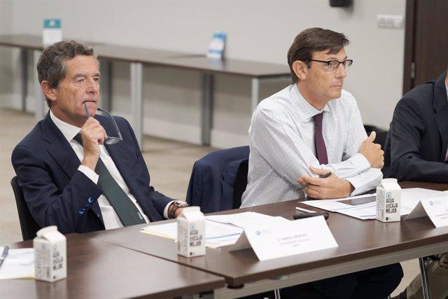 Mario Armero, vicepresidente ejecutivo de Anfac (izquierda), en la sesión sobre el hidrógeno