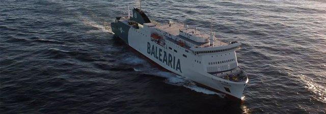 El ferry 'Hypatia de Alejandría', navegant.