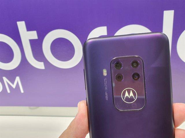 La familia Motorola One ya no se centra en Android One pero mantendrá el Android