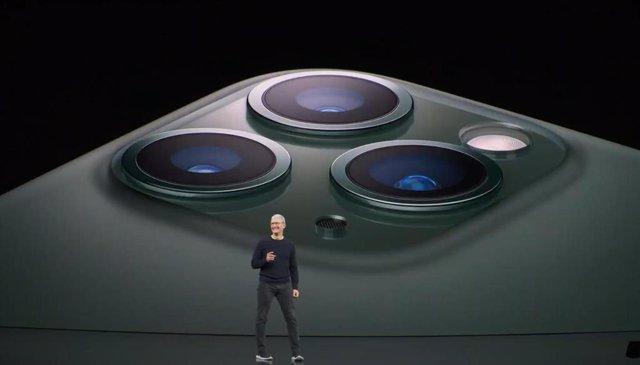 El CEO de Apple, Tim Cook, en la presentación del iPhone 11 Pro.