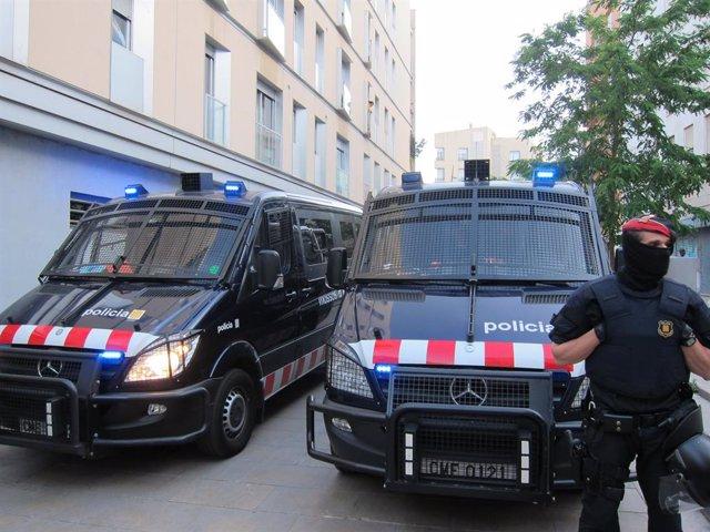 Furgones Antidisturbios Mossos
