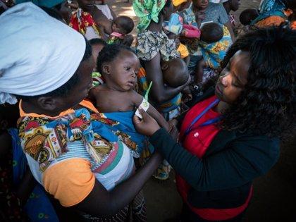 Clima- Save the Children alerta de que miles de familias se quedan sin comida en Mozambique seis meses después de 'Idai'