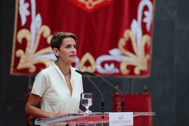 La presidenta del Gobierno de Navarra, María Chivite, durante su discurso de toma de posesión del cargo en el Parlamento de Navarra
