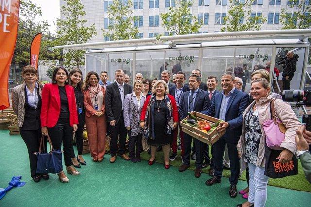 Inauguración del Invernadero Móvil que recorrerá Europa promocio