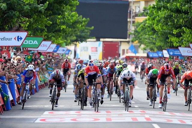 Imagen de una llegada de la Vuelta ciclista a España
