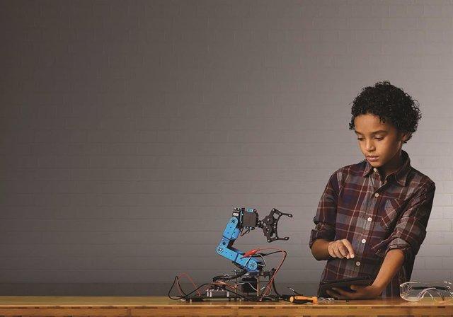 Proyecto de robótica inclusiva para niños y niñas en riesgo de exclusión social