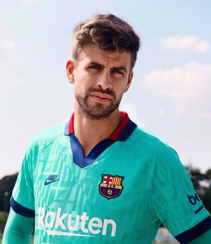 El FC Barcelona hace un guiño a los noventa con una tercera equipación en verde azulado