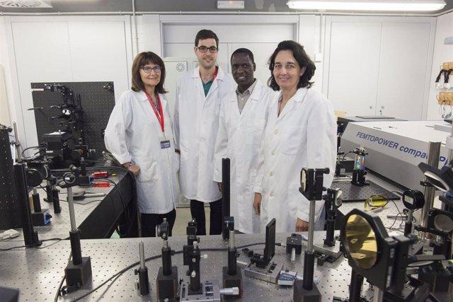 El Grupo de Investigación Óptica de la Universitat Jaume I de Castelló (GROC-UJI)
