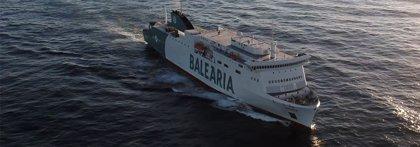 Baleària descarga la mitad de los 40 camiones con destino Ciutadella del 'Hypatia de Alejandría' desviado a Palma