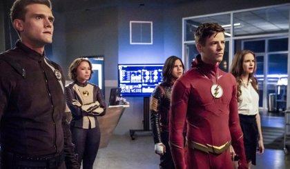 """The Flash no puede parar la Crisis en Tierras Infinitas en el nuevo tráiler que augura """"miles de millones de muertes"""""""